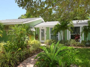 seagrassretreat_front1
